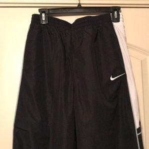 NIKE Boys Black Athletic Pants